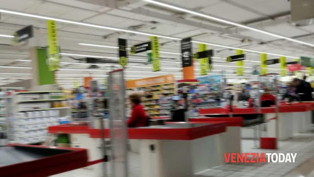 Tutti i centri commerciali aperti a Pasquetta 070f1e047f6