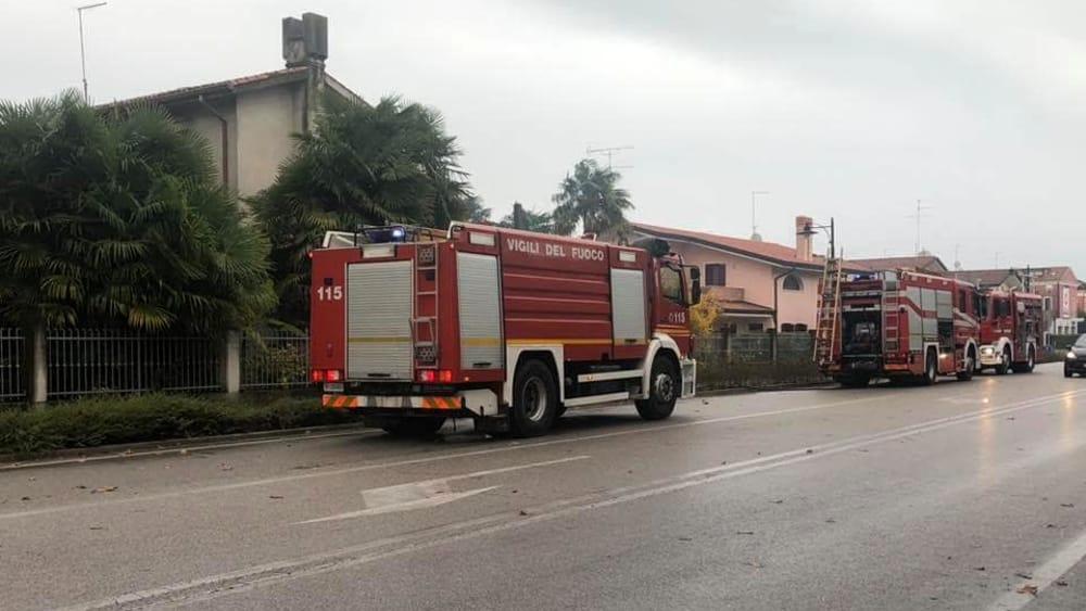 In fiamme vecchia abitazione a Jesolo - VeneziaToday