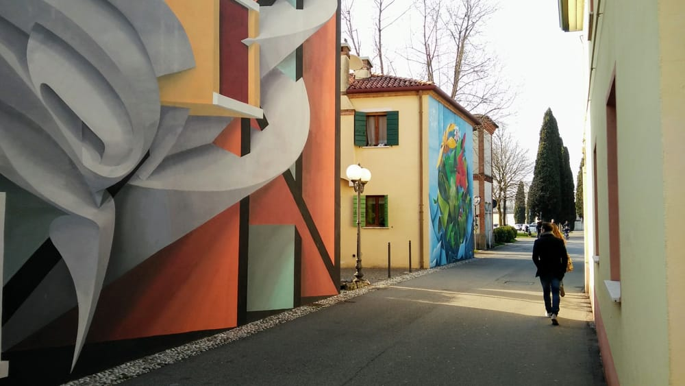 Un tour dei murales di Dolo per celebrare i 30 anni dalla caduta del muro di Berlino - VeneziaToday