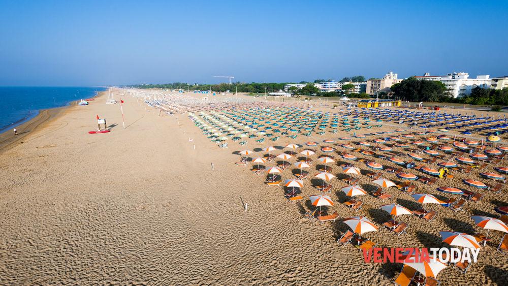 Matrimonio Spiaggia Bibione : Piano spiagge in veneto
